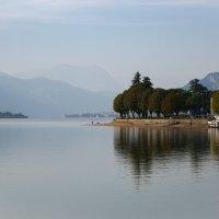 Вечер на озере :: Алекс Римский