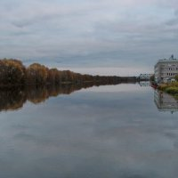 Осень у реки. :: Маргарита ( Марта ) Дрожжина