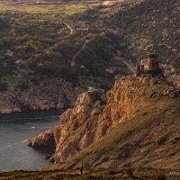 Чембало — загадочная крепость генуэзцев в Балаклаве :: Александр Пушкарёв