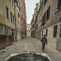Venezia. Copertura del pozzo medievale. :: Игорь Олегович Кравченко