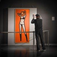 На выставке современного искусства :: Сергей Вахов