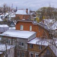 припорошило снегом крыши :: Петр Беляков