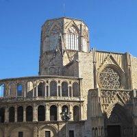 Кафедральный собор святой Марии в Валенсии с Чашей Грааля :: ИРЭН@ .