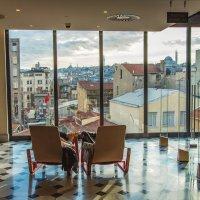 Библиотека с видом на старый город. Стамбул :: Ирина Лепнёва