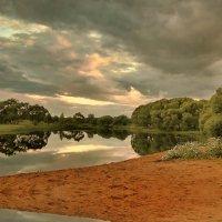 Пасмурный закат :: Лара Симонова