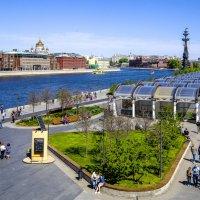 Москва у ЦДХ :: Георгий