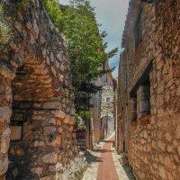 В старом городе :: Николай Танаев