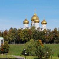 Успенский собор в Ярославле :: Сергей Поникаров