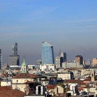 Милан с высоты крыши Миланского кафедрального собора/ Старое и новое :: Olga