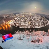 Вечірнє містечко Заліщики яке обмиває річка Дністер :: Степан Карачко
