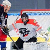 Жених-хоккеист, мечта любой гимнастки. :: Павел Сущёнок