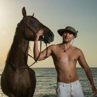 Купание коня. :: Сергей Бойко
