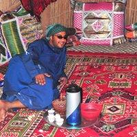 приём у бедуина в палатке на кофе :: Георгий А
