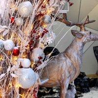 Сказочный олень, все желают попасть к нему в гости. :: Татьяна Помогалова