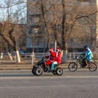 Современные Дед мороз и снегурка! Молодцы парни! :: Сергей Коваленко