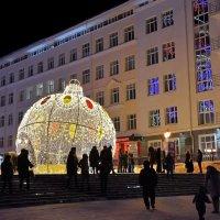 Город в новогодние праздники :: Андрей