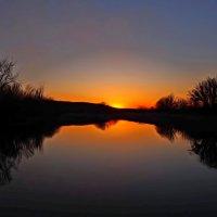Про симметрию весеннего заката... :: Александр Резуненко