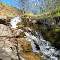 Шахты. Водопад на безымянном ручье, впадающем в Грушевское водохранилище. :: Пётр Чернега