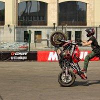 Трюкачество на мтоциклах :: Александр Чеботарь