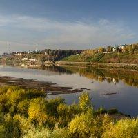 Осеннее утро над Вяткой-рекой :: Валентин Котляров