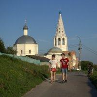 Сюжет у Троицкого собора г. Серпухов :: Марина Кушнарева