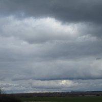 по дороге с облаками(апрель 2020) :: Алексей Кузнецов