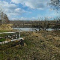 Стан у озера :: Алексей Мезенцев
