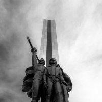 Монумент :: Павел Байдин