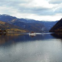 На горном озере :: Людмила Торварт