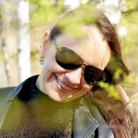 Агенты тоже любят фотографии весной. :: Владимир Куликов