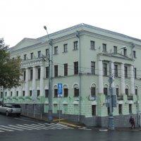 Жилой дом, XVIII в., 1883 г.  Трубная пл., д.2 :: Александр Качалин