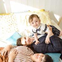 Идеальная семья :: Вероника Подрезова