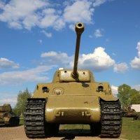 «Шерман» M4A3E8 :: Юрий Моченов
