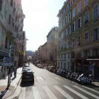 Одна из центральных улиц Ниццы :: Гала