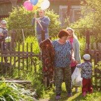 На праздник к родителям. Вторые сады. 12 июня 2020 г. :: Сергей Щелкунов