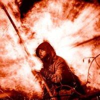 Монах в дыму. :: Zefir58 Verx