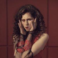 Crazy red :: Mariya Miroshnichenko