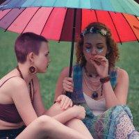 «Двое под дождем» (Hippie Day 2020 in Moscow) :: Andrew Barkhatov