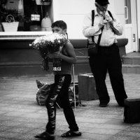 Продавец цветов :: Софья Алавердян