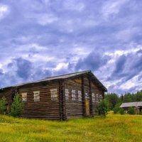 Старый дом в деревне :: Дмитрий Иванов