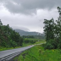 а дорога мокрою лентою вьется :: nataly-teplyakov