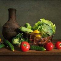 Старый кувшин и овощи :: Алла Шевченко