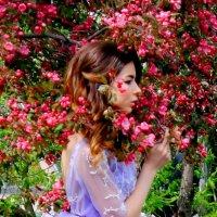 Прикосновение к Весне :: Vera Ostroumova
