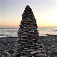 Башня на берегу моря :: Надежда