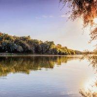 Вода и солнце, вечер.. :: Юрий Стародубцев