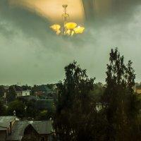 Непогодится, надо свет включить :: Петр Беляков