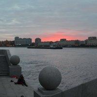 Рассвет над Невой :: demyanikita