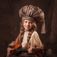Девочка с домрой. :: Елена Круглова