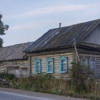 Домик у дороги :: Алексей Сметкин
