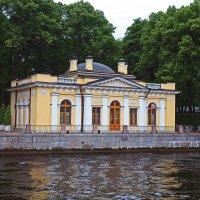 Прогулки по Петербургу. Кофейный домик :: Евгений